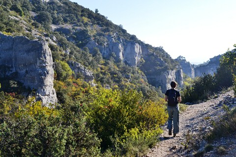 gorge luberon walks French trails Provence